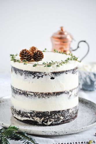 Chocolate and Christmas spices naked cake | Naked cake au chocolat et épices de Noël