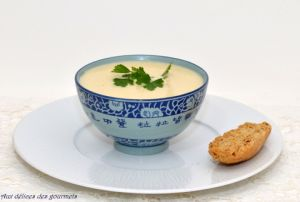 VELOUTE D'ASPERGES BLANCHES
