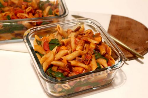 Chili Pasta:  Meal Prep Vegan