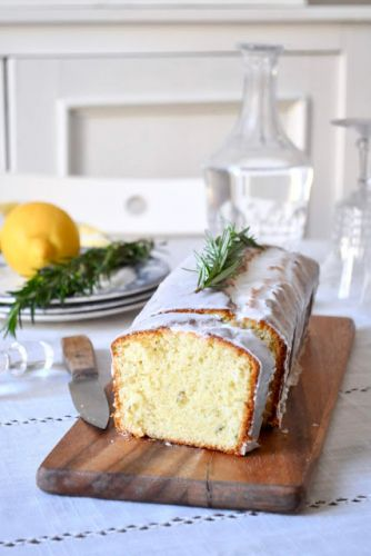 Cake au citron, au romarin et à l'huile d'olive | Citrus cake with olive oil and rosemary