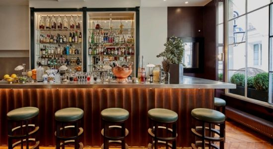 Le bar à cocktails de Jòia à Paris