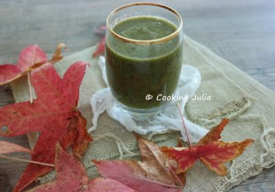 GREEN SMOOTHIE AUX FRUITS D'AUTOMNE